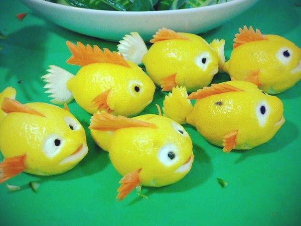 Рыбка из лимона поделка