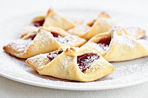 Печенье из слоеного теста рецепты с пошагово с вареньем